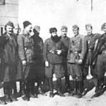 Άρης Βελουχιώτης με τους συναγωνιστές του